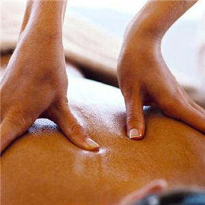 Ausleitende Rckenmassage