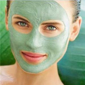 Gesichtsbehandlung mit Seetang und Algen-ayurveda-luzern2